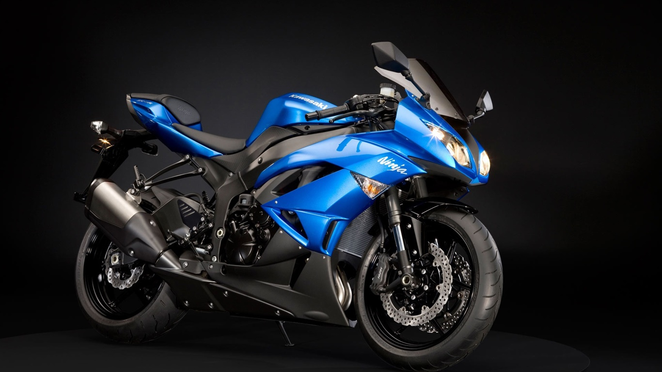 カワサキ ニンジャzx 6rオートバイ 青と黒 デスクトップの壁紙 1366x768 壁紙をダウンロード Ja Hdwall365 Com